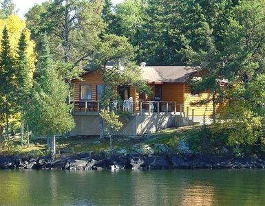 Photo for Lakeside Deluxe 3 Bedroom Cottage - Sioux Narrows