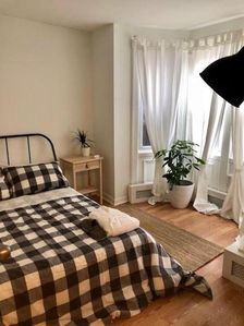 Photo for Charming Apt, Steps to Transit, 30 min to NYC