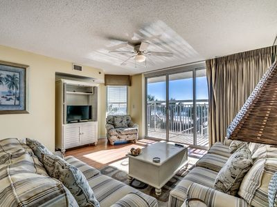 Photo for Crescent Shores 107, 3 Bedroom Beachfront Condo, Hot Tub and Free Wi-Fi!