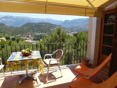 Photo for Charming apartment with pool and views of the mountains of Sóller