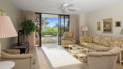 Photo for Anchorage Resort 2nd floor condo in Siesta Key with private beach access, pool, boat dock!