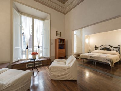 Photo for Tornaquinci Apartment 1-luxury next to the Duomo