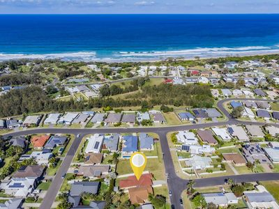 Photo for 5 mins from beautiful Corindi Beach, family friendly, spacious home.