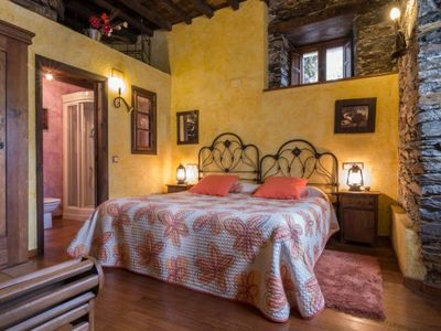 Photo for Rural apartment LlumeThe Forest of the Vineyards