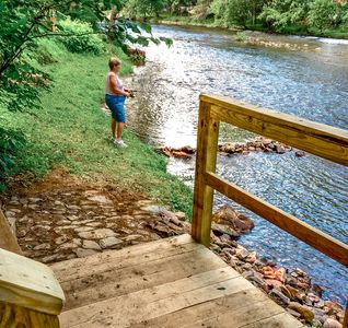 Steps away from a private fishing hole with easy access.