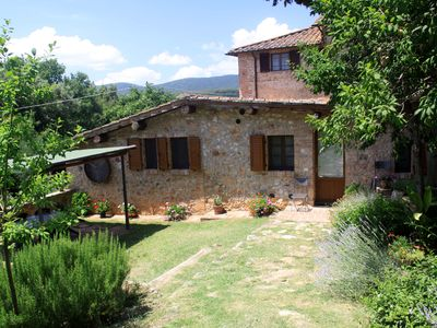 Photo for Around Siena, beautiful house for 2-4 people, with garden and pool