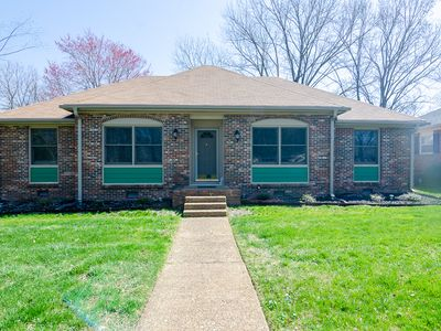 Photo for Enjoy Downtown Franklin! New Remodel, 2 King beds, all one level. Fun Awaits!!
