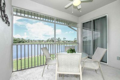 Spacious screened lanai w/direct access from living room and master suite.