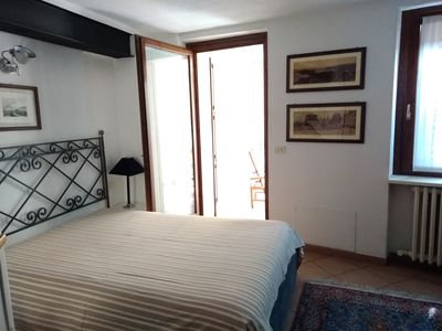 Photo for Cà del LAC double room in the center of Desenzano