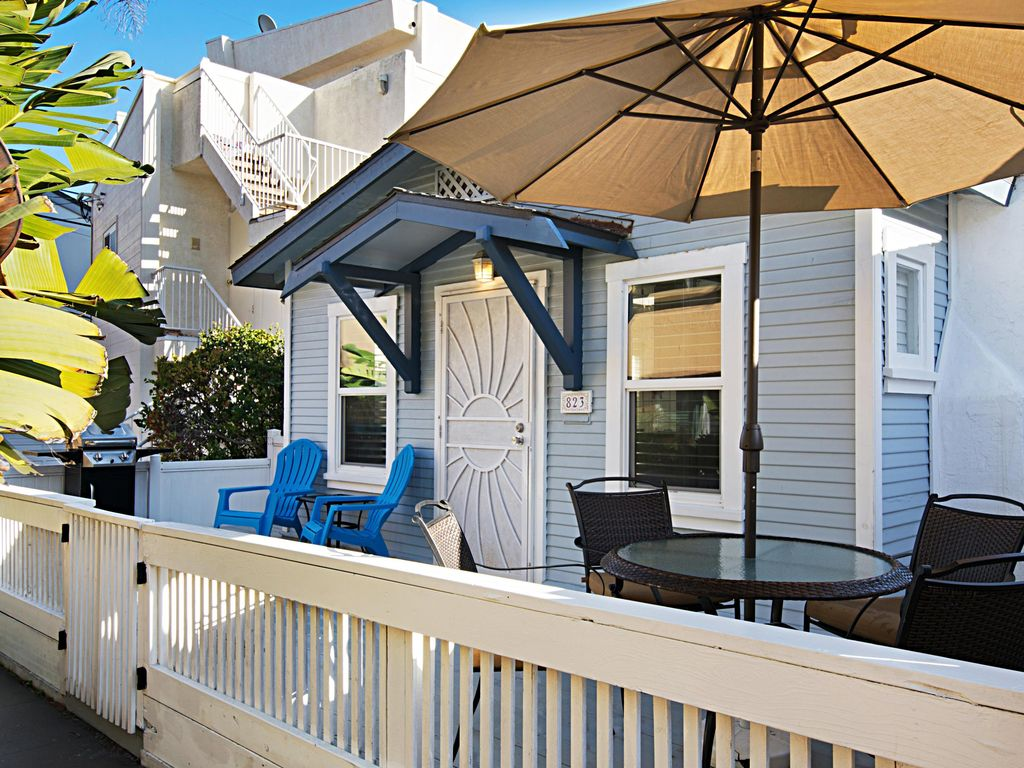 adorable mission beach cottage footsteps to the sand mission rh vrbo com
