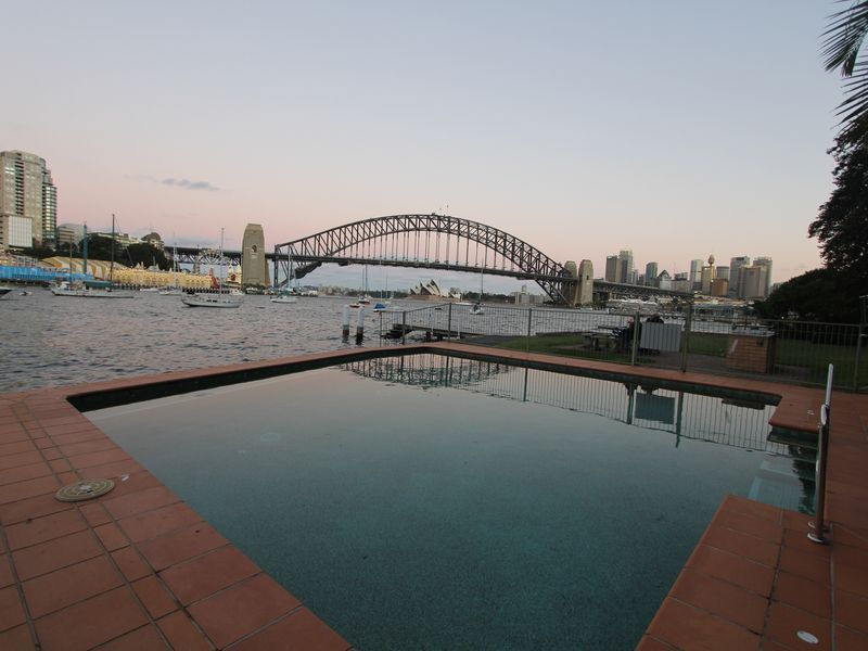 Vacation Rentals Near Walsh Bay Sydney Stylish Harbour Waterfront Apartment