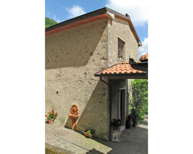 Photo for Wonderful  villa for 5 people with WIFI, TV, pets allowed and parking