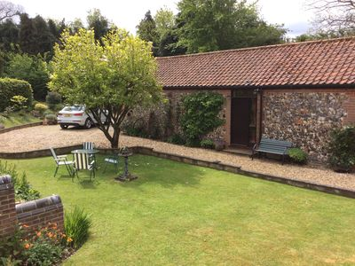 Photo for Barn House Cottage - cosy and secluded; comfortable and characterful