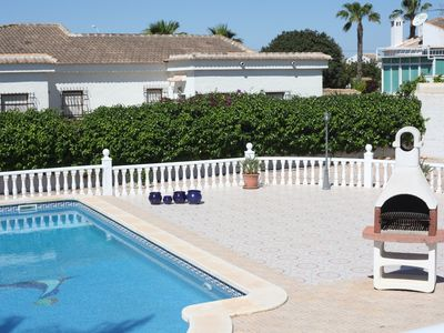 Photo for Villa in Torrevieja (Alicante) - Renovated - Private Pool - Air Conditioning