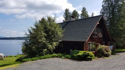 Photo for This large 3 bedroom home has a very level entry to the water with a huge deck