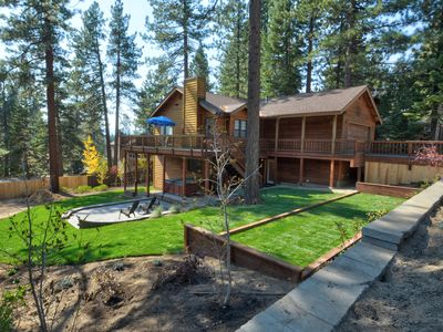 Spacious Family Home: Luxury Hotel Touches: Adjacent to Endless Forest
