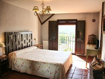 Self catering La Posada de Durón for 18 people