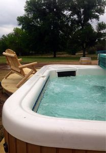 Photo for Romantic Getaway - Farmhouse  3 mi. From town  on Wine Trail HOT TUB