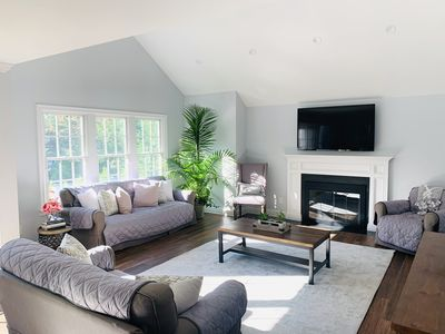 Natural light, airy and spacious family room