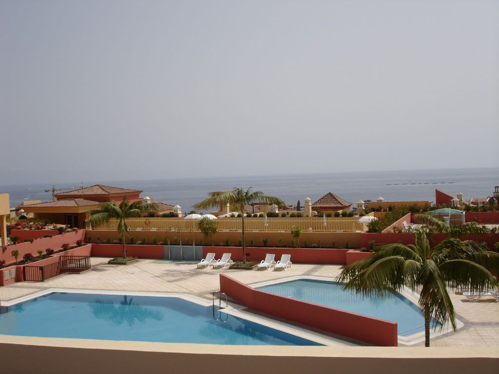 Luxurious Apartments In El Duque Costa Adeje Air Conditioned