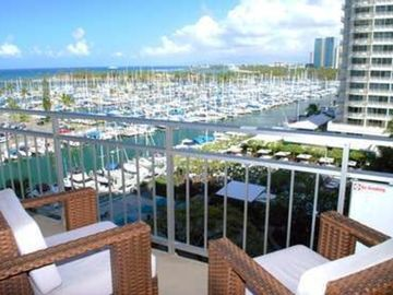 Lagoon Tower, Hilton Hawaiian Village Waikiki Beach Resort, Honolulu, HI, USA