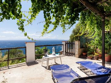 Search 1,374 holiday rentals