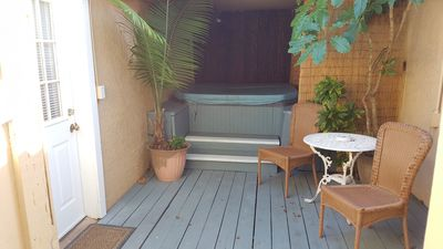 private hot tub hammock and privacy fence