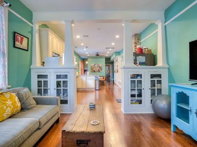 Photo for Garden District 2 bedroom with Parking