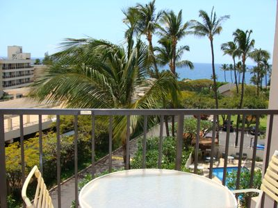 Photo for 2bd/2ba partial ocean view condo located next to beaches, shopping and dining. Kihei Akahi D-415