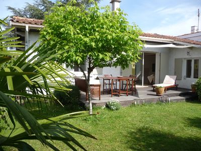 Photo for 900m. Bassin d'Arcachon, villa with south and north garden, quiet and bright