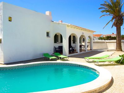 Photo for Sweet villa with private pool and air-conditioning. Excellent price and location
