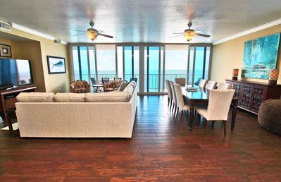 20th Floor Corner Penthouse Condo Overlooking the Turquoise Water of Gulf Shores, Alabama!