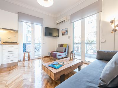 Photo for Suntrap renovated 2 bdrm apt