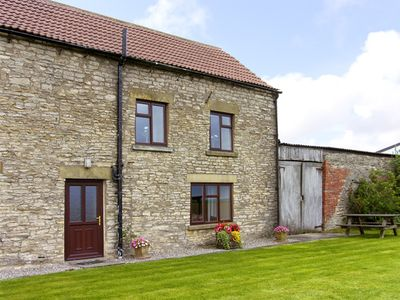 Photo for WETHERCOTE COTTAGE, pet friendly, with a garden in Helmsley, Ref 3626