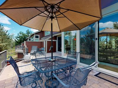 Photo for Beautiful Eagle Crest townhouse w/ stunning views & shared pools/hot tubs!