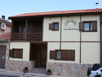 Photo for wooden house ideal for families or groups of 8 people 5 km from bardenas