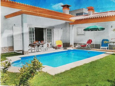Photo for Large villa with pool and garden, ideal for your family