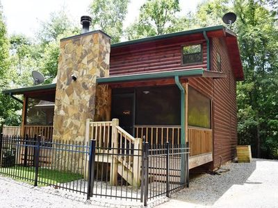 Photo for 3BR/3BA, Sleeps 8, Pet Friendly, WiFi, King Beds, Jacuzzi Tub,  Wooded View, Secluded, Pool Table, F