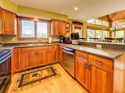 Photo for Gorgeous 5 Bedroom Condo - LATE CANCELLATION NOW AVAIL 1/18 - 1/21 !