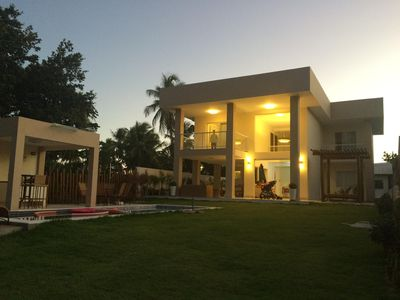 Photo for House of high standard. Gated community in Vila Imbassai. 4 suites.