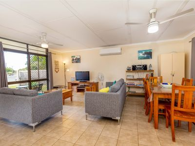 Photo for Pet friendly lowset home with room for a boat, Wattle Ave, Bongaree