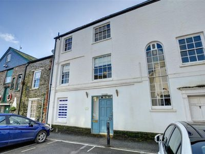 Photo for Apartment Albert Quay in Fowey - 2 persons, 1 bedrooms