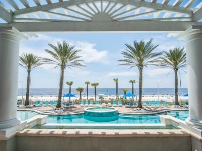 """Photo for FABULOUS WHITE SAND, CRYSTAL CLEAR OCEAN AND LAGOON STYLE POOL....""""DRIFT AWAY"""""""