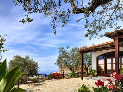 Photo for Tulipano. Lovely country villa with garden, parking, AC and wifi, close to everything
