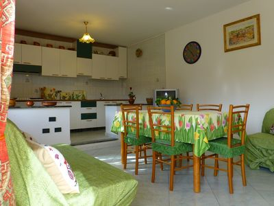 Photo for Apartment in villa, ground floor, separate entrance, suitable for families.