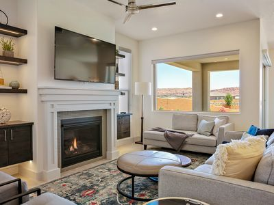 Photo for Beautiful 5 bed room 5 Bath home looking out over the Red Cliffs of So. Utah