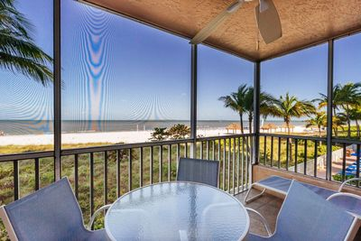Estero Island Beach Villas 105 Fort Myers Beach Accommodations Florida FL Beachfront Condo Vacation Rental with Heated Pool BBQ Grills Screened Lanai 1-877-BEACH-IT