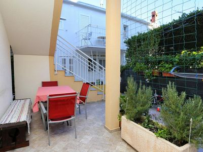 Photo for One bedroom apartment with terrace Promajna, Makarska (A-10329-b)