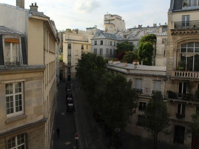 Photo for Charming apartment for family living in the heart of Paris