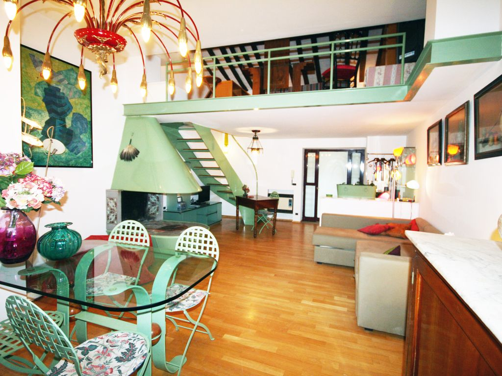 Enjoy your stay trastevere rome apartment vrbo enjoy your stay trastevere rome apartment with courtyard sciox Gallery